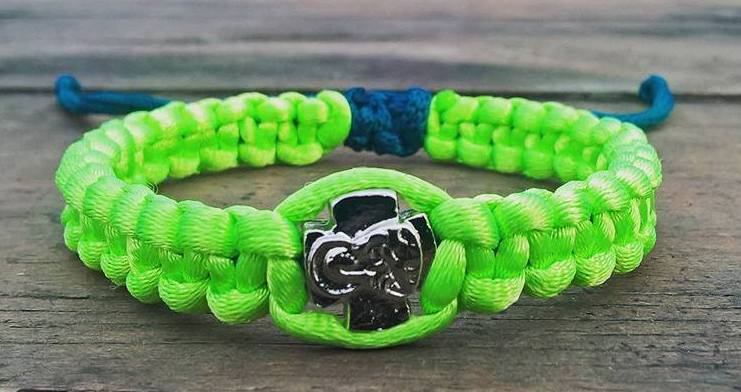 Handmade fluo green christian prayer rope bracelet satin