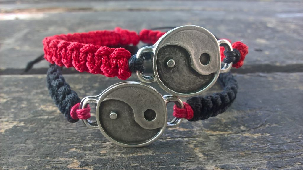 Yin yang bracelets, couples bracelets, friendship bracelets, long distance gift, personalized couples jewelry