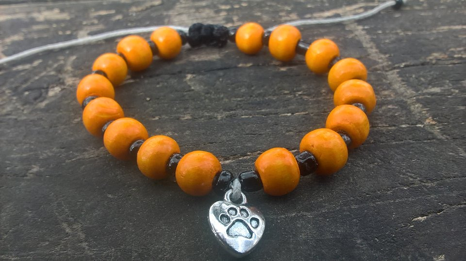 Handmade orange-black dog paw beads bracelet